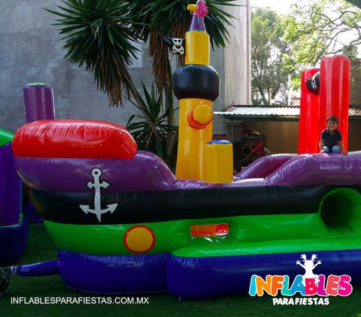 INFLABLE BARCO CHIQUITO