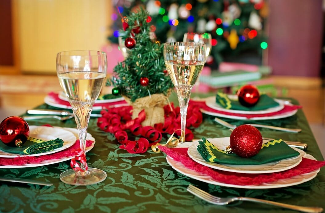 christmas table 1909797 1920
